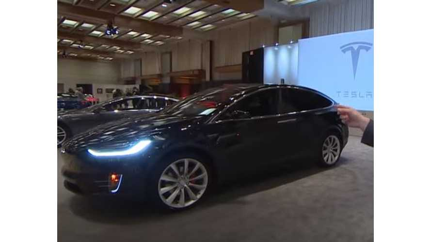 Video Of Tesla Model X At Canadian International Auto Show