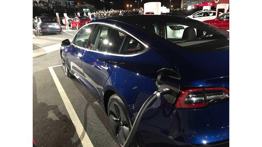 Tesla Model 3 Event j28 11