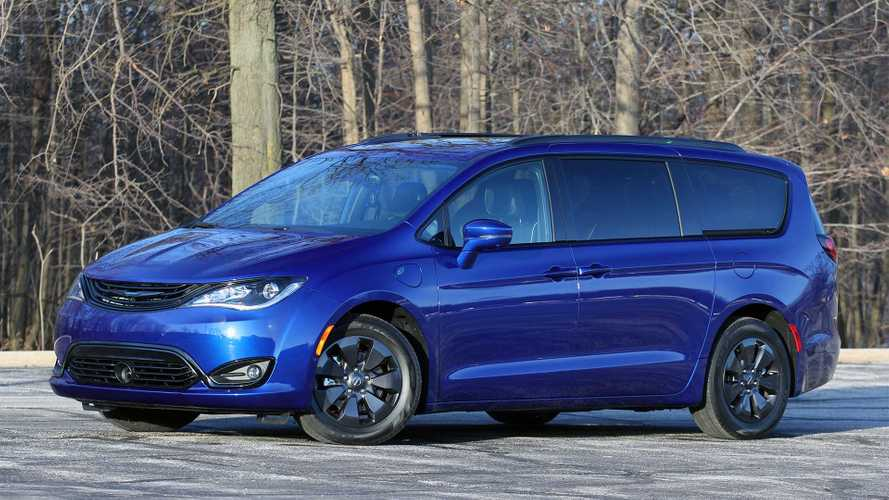 2019 Chrysler Pacifica Hybrid Limited Review: Near Perfect Minivan