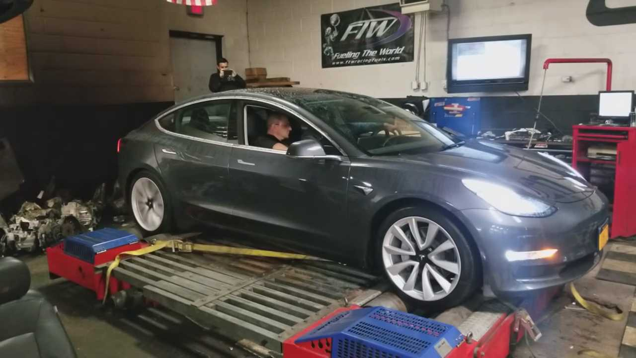 Watch Tesla Model 3 First Dyno Test