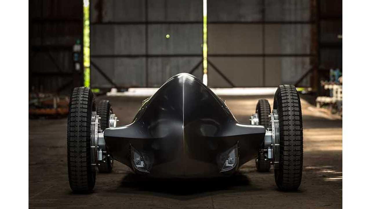 Infiniti EV Retro Prototype To Debut At The Pebble Beach