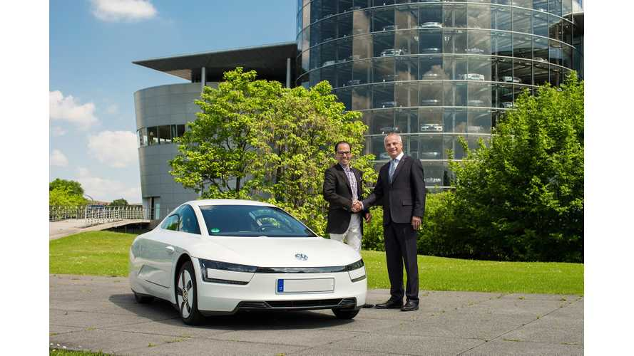 Volkswagen Delivers First XL1 Plug-In Hybrid