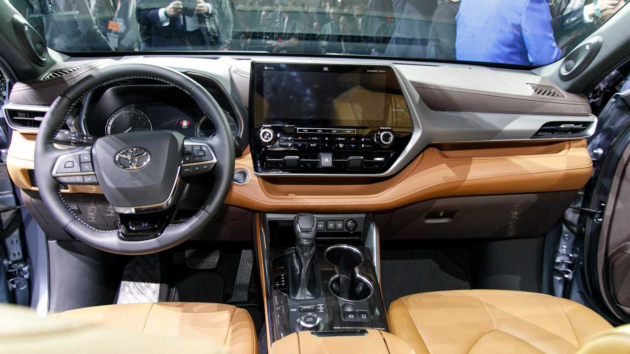 2020 Toyota Highlander Arrives With 34 600 Price Tag