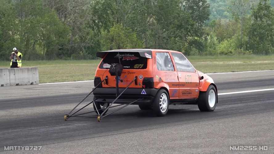 Egy 600 lóerős szörnyeteg lett a világ leggyorsabb Fiat Unója