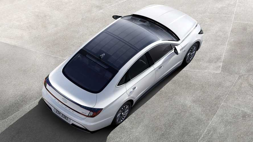 Hyundai greffe un toit solaire sur la Sonata hybride