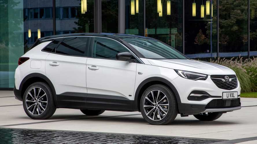 Vauxhall cuts price of Grandland X PHEV with new front-drive version