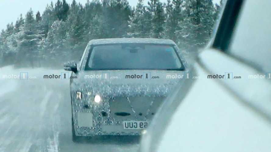 Новые шпионские фото Jaguar XJ 2021