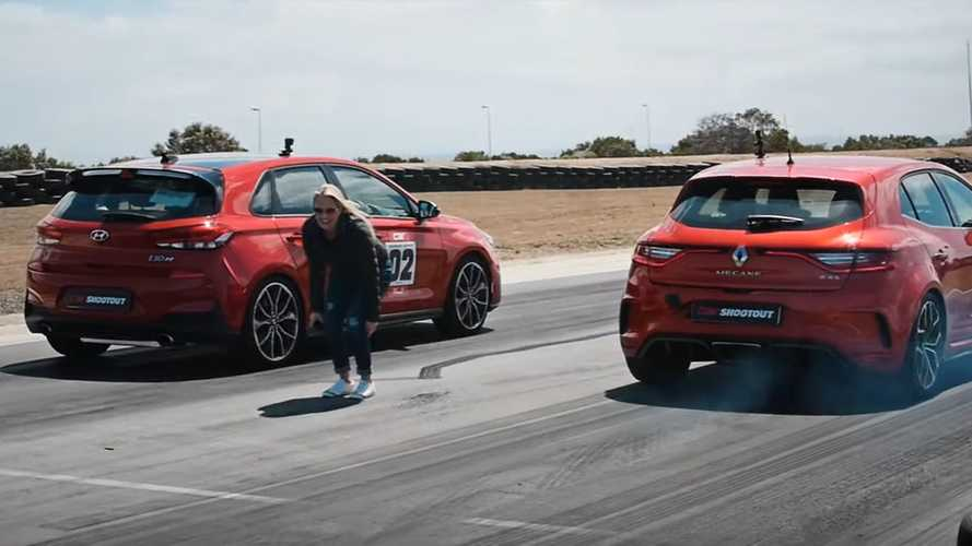 Hyundai i30 N Drag Races Renault Megane RS In Hot Hatch Duel