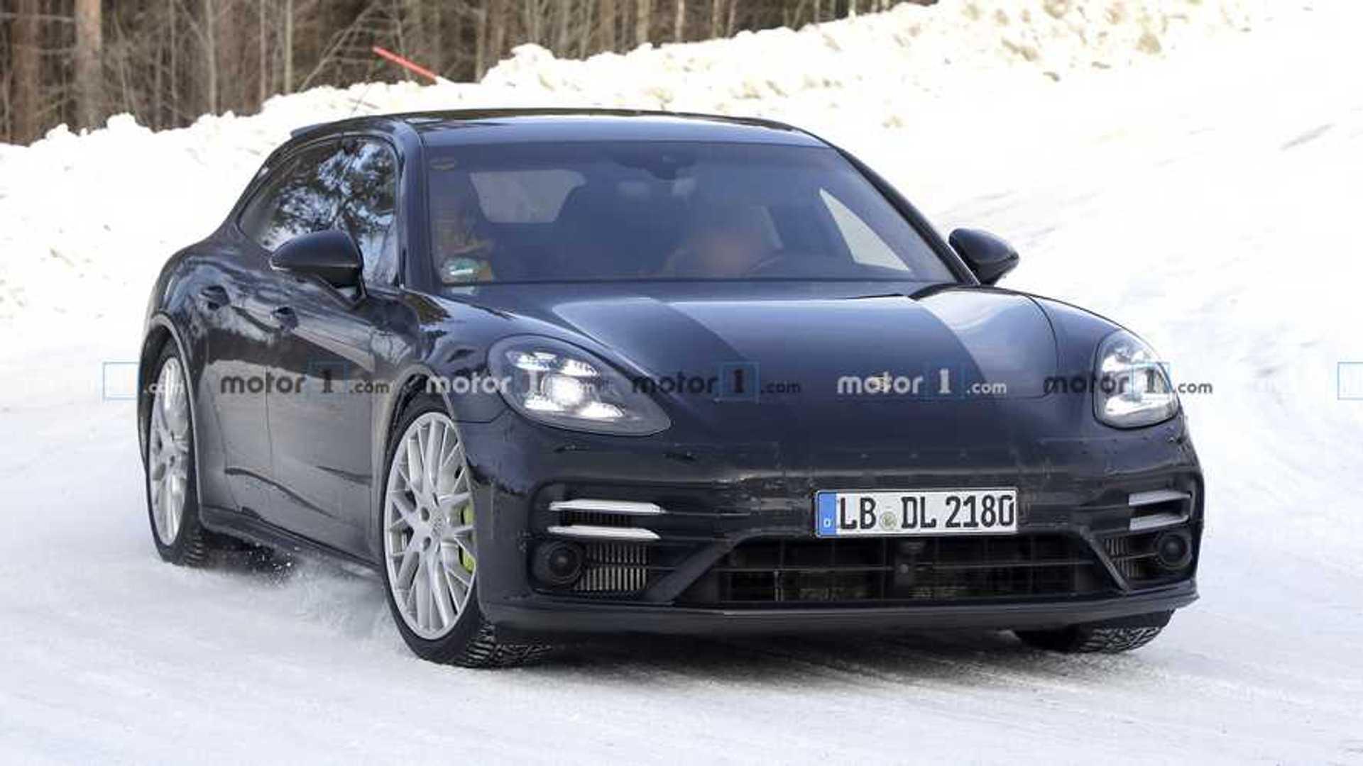 2020 Porsche Panamera II Facelift 11