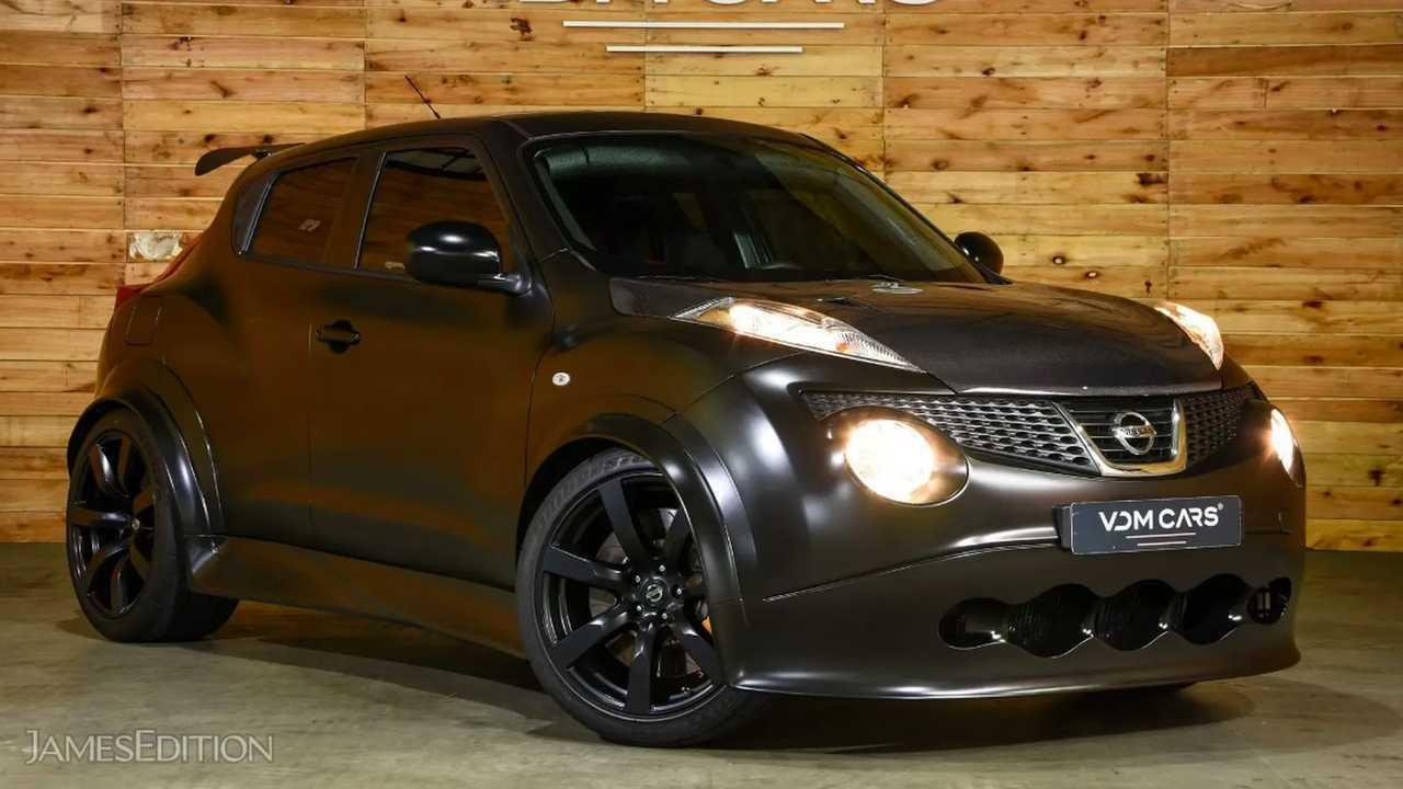 Nissan Juke-R R35
