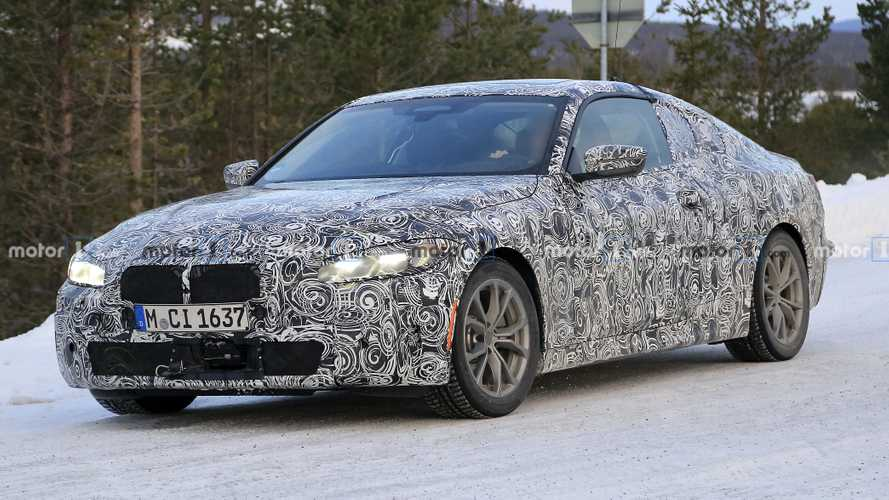 BMW 4 Series Spy Photos Show Coupe Cold-Weather Testing
