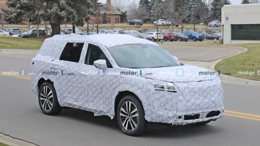 2021 Nissan Pathfinder Makes Its Spy Photo Debut