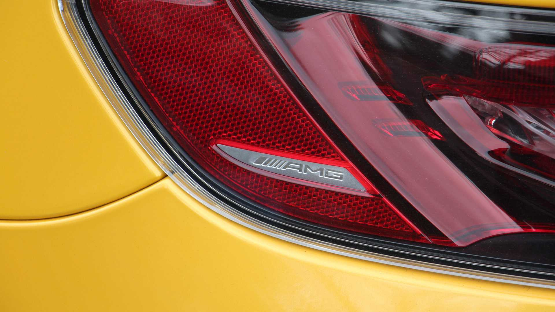 2020-mercedes-amg-gt-r-driving-notes.jpg
