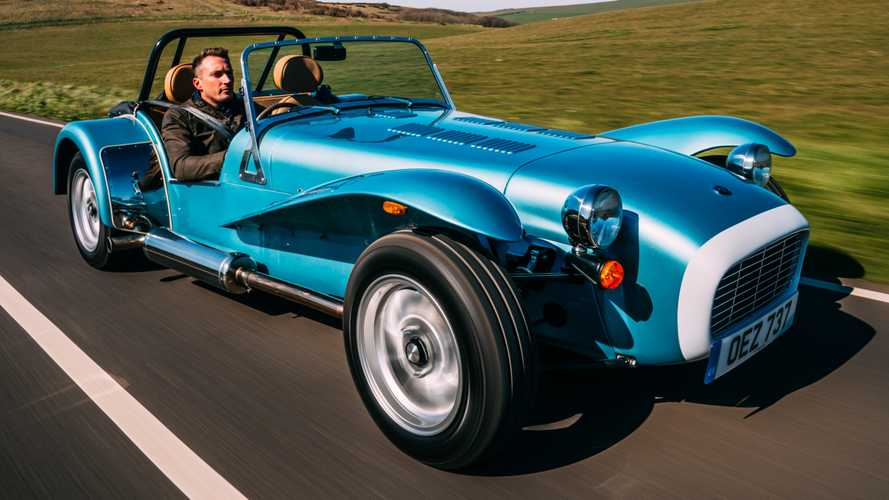 Caterham Super Seven 1600 Arrives Boasting 1970s-Inspired Style