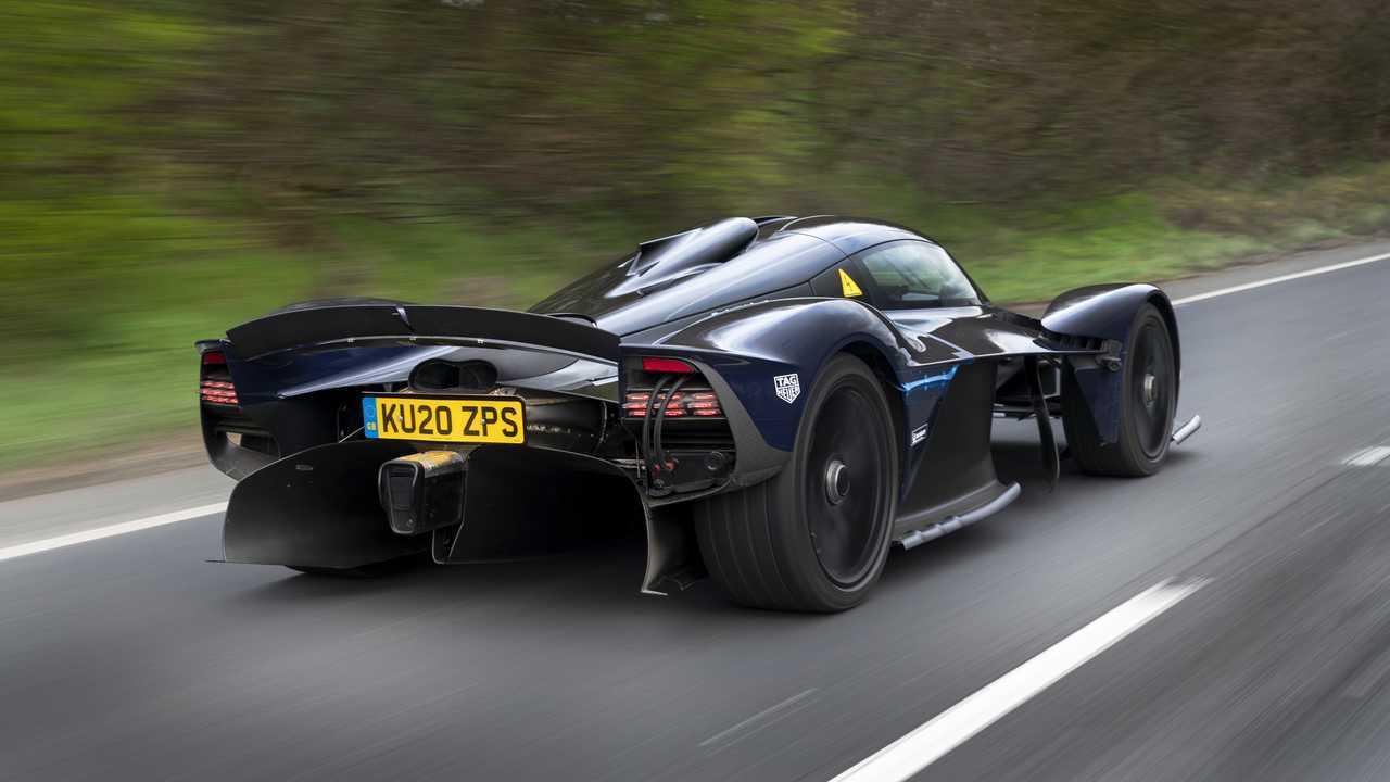 Aston Martin Valkyrie Tests sur les routes publiques