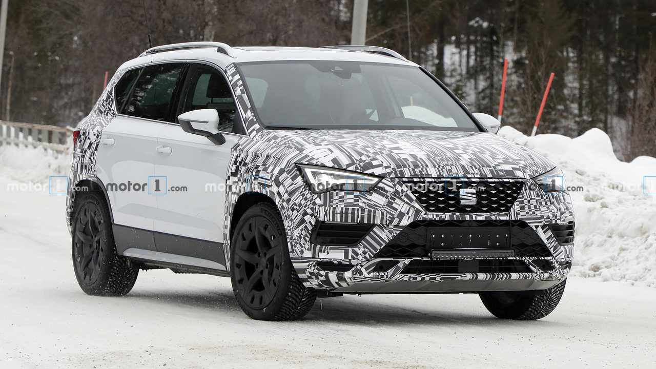 SEAT Ateca facelift spy photo