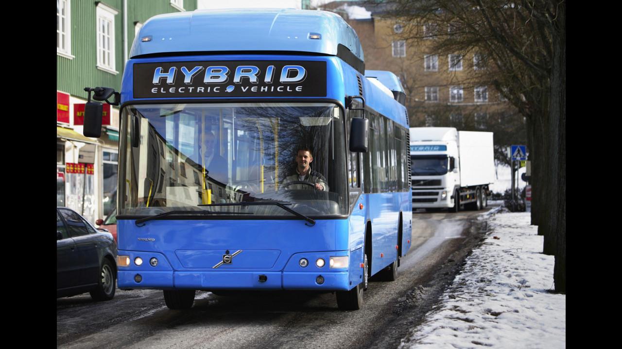 Bus ibrido by Volvo