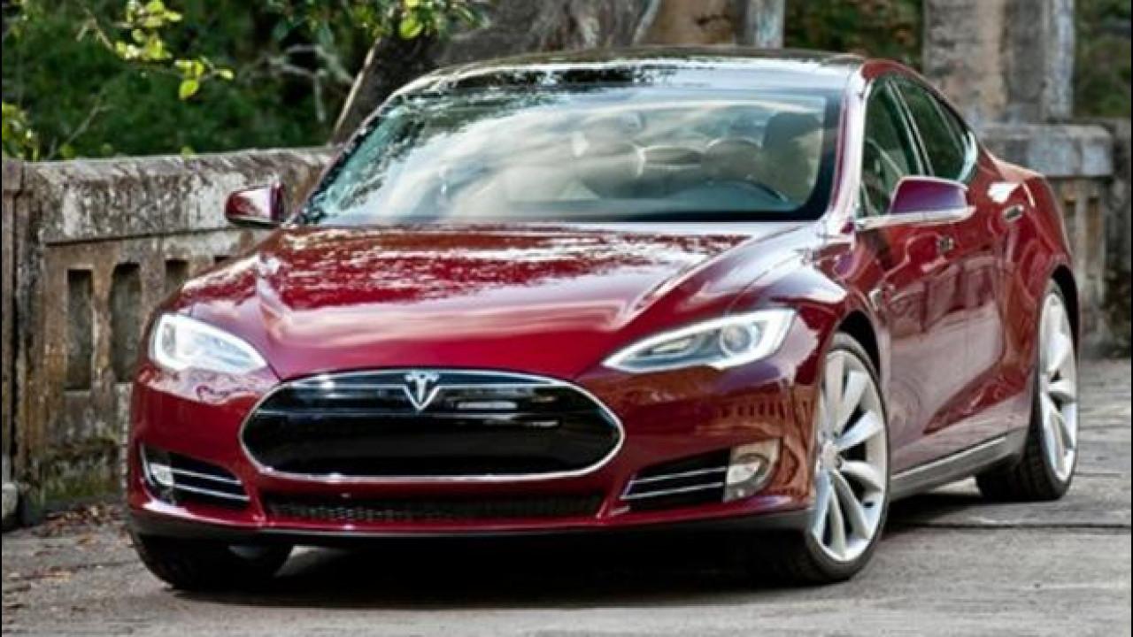 [Copertina] - Tesla Model S in Italia in primavera, costerà 62.000 euro