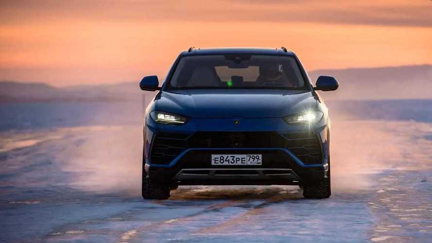 Lamborghini Urus, record di velocità sul ghiaccio