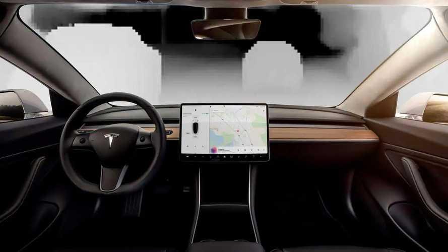 Un hacker mostra come vede la realtà il Full Self Driving Tesla