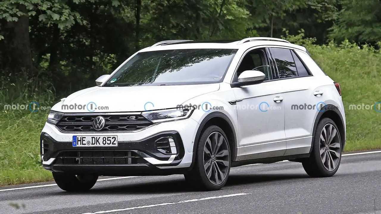 Volkswagen T-Roc restyling, foto spia