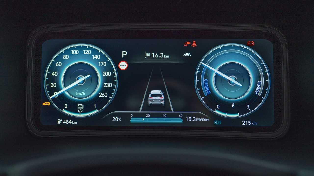 Hyundai Kona Electric (2021), prova su strada