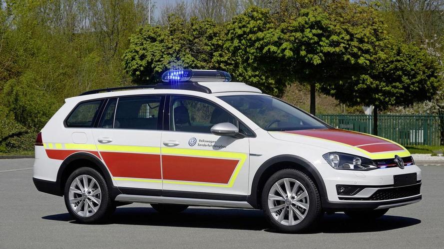 Volkswagen Golf Alltrack command car unveiled for RETTmobil