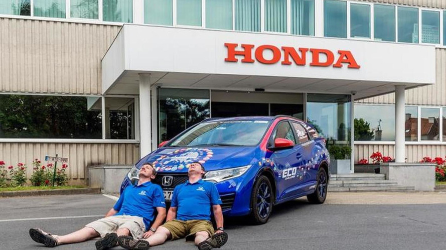 Honda Civic Tourer sets Guinness record for fuel efficiency after averaging 2.82 liters / 100 km