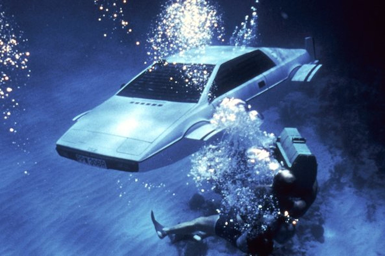 Lotus Esprit James Bond Submarine