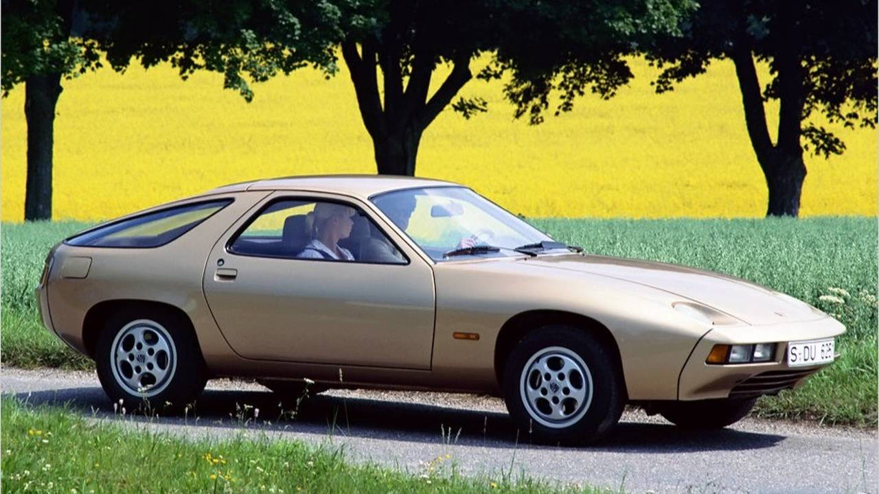 1978: Porsche 928