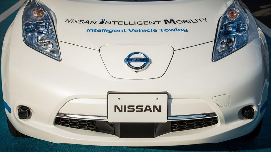 Nissan Leaf autônomo em fábrica do Japão