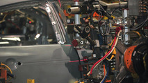 Ford robot laser build-inspection technology 02.06.2011