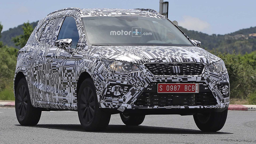 Flagra - Seat Arona antecipa o T-Cross, SUV do Polo