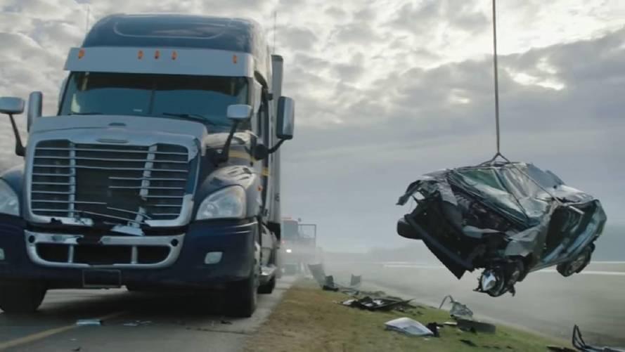 Tökéletes videón szemléltetik, miért jár rosszul az, aki kamionnal szórakozik