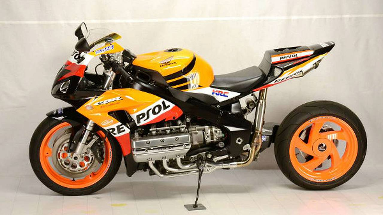 Custom: Honda CBR1800RR