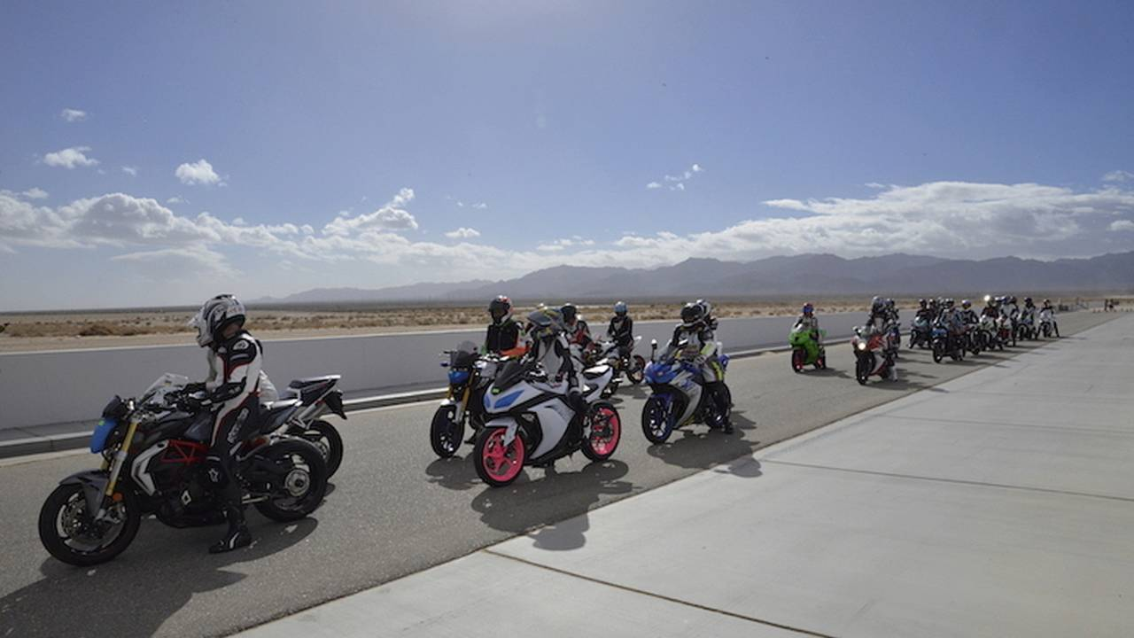 Femmewalla - The Biggest All-Women's Track Day in the US