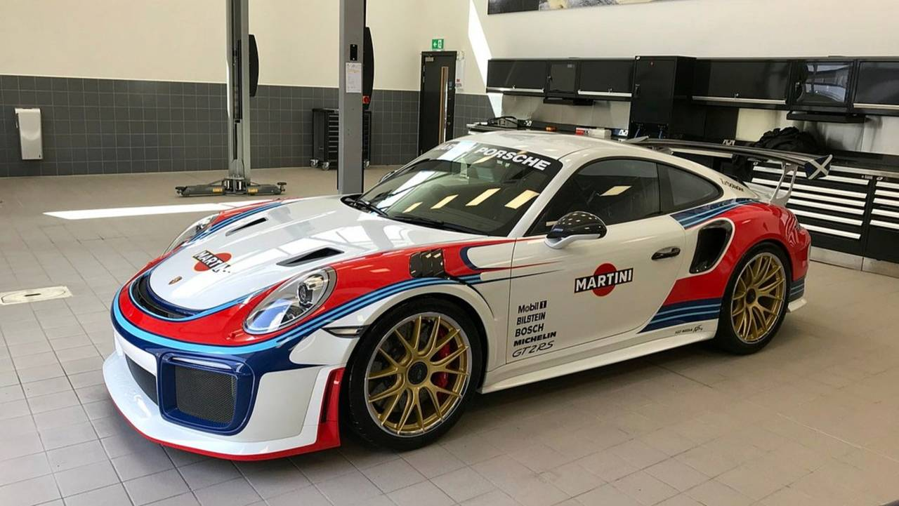 Porsche 911 GT2 RS Martini