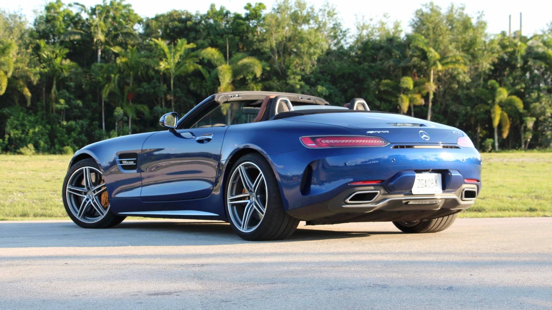 2018 Mercedes Amg Gt C Roadster Review Performance Over Pleasure