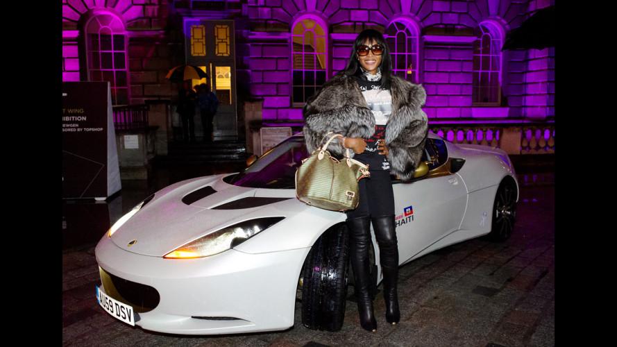 "367.000 euro per la Lotus Evora ""Naomi for Haiti"""