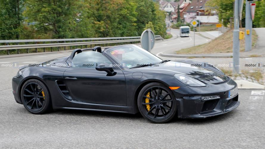 Porsche 718 Boxster Spyder Not Camera Shy To Drop Its Top