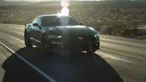 Ford Mustang, l'ibrida in uno spot con Bryan Cranston