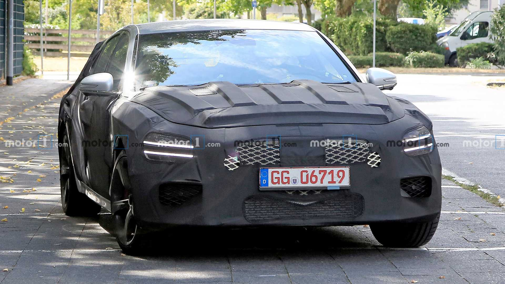 2021 - [Genesis] G70 Shooting Brake Genesis-g70-shooting-brake-wagon-spied-front