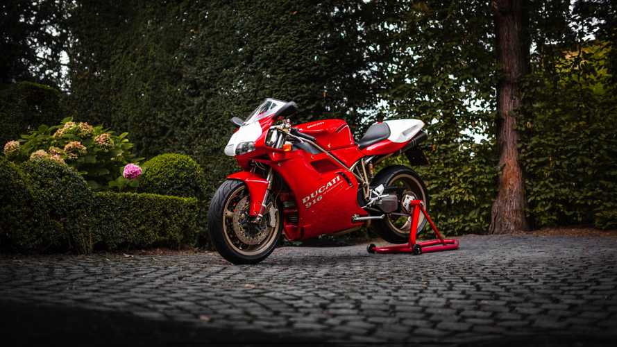 We Are Drooling Over This Pristine 1994 Ducati 916 Desmoquattro
