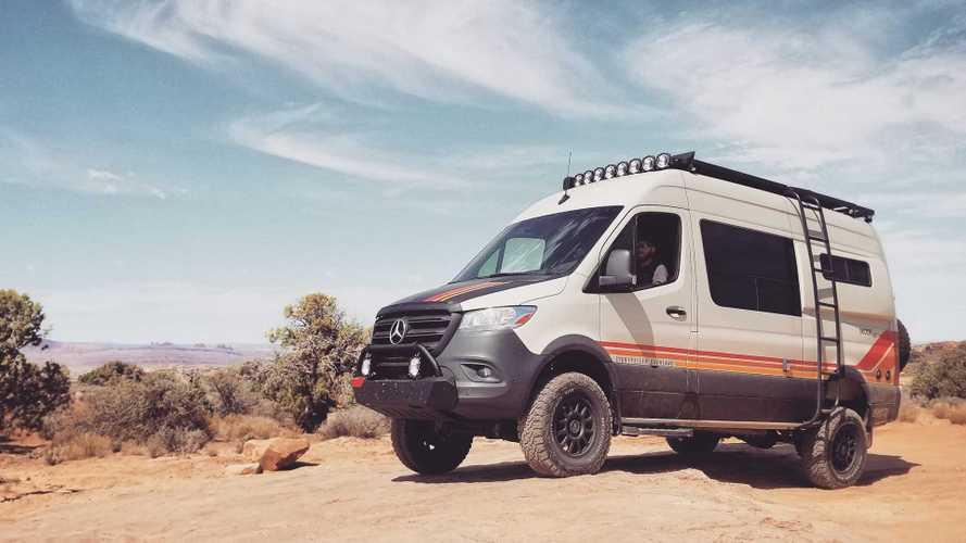 "Mercedes Sprinter, i camper ""adventure"" di Storyteller Overland"