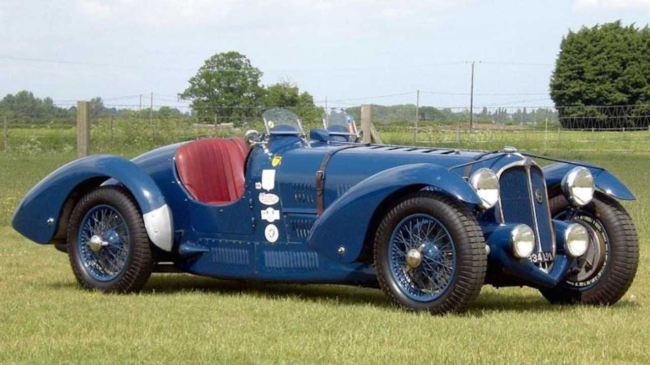Painstaking recreation of rare French racecar on sale