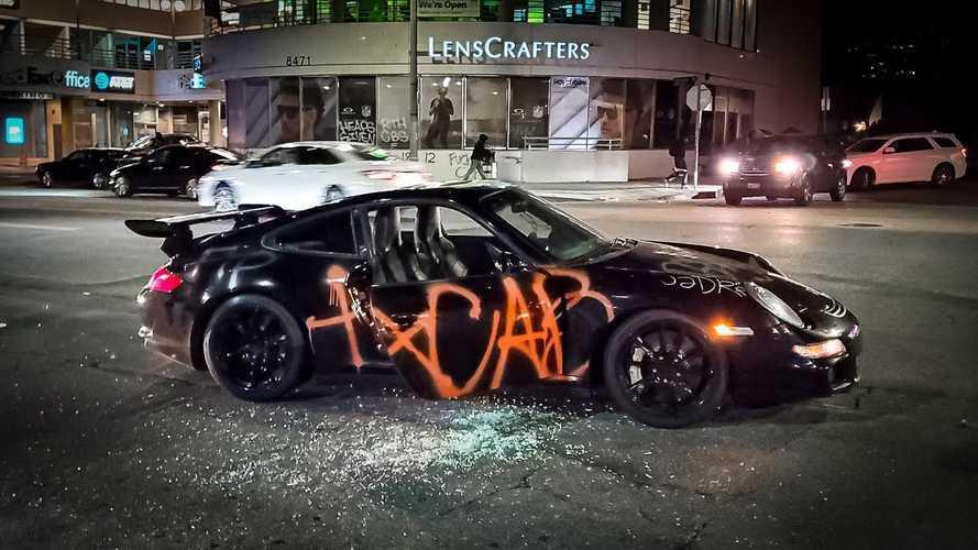 Ez a Porsche 911 GT3 RS is szúrta a szemét az amerikai tüntetőknek