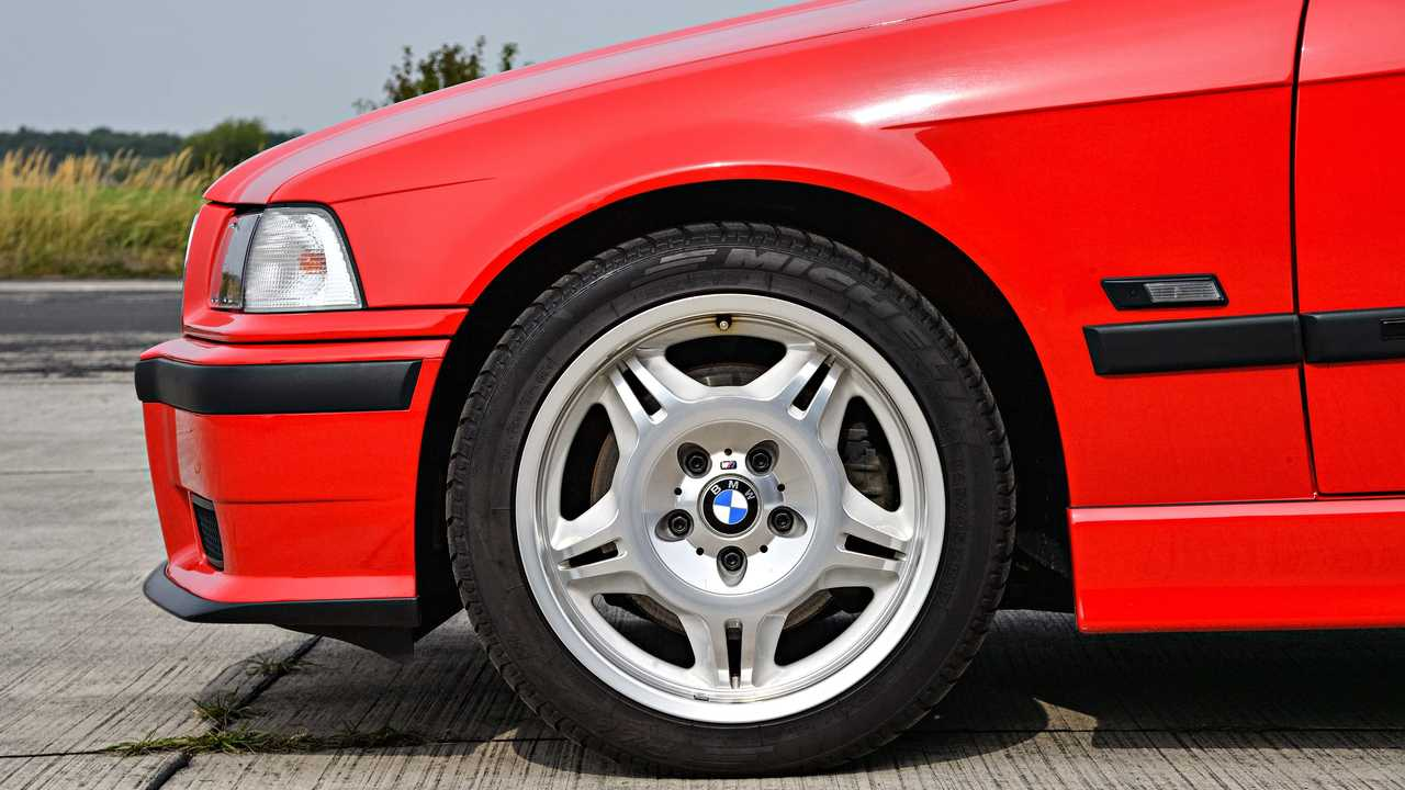 M3 Compact (1996) 5/7