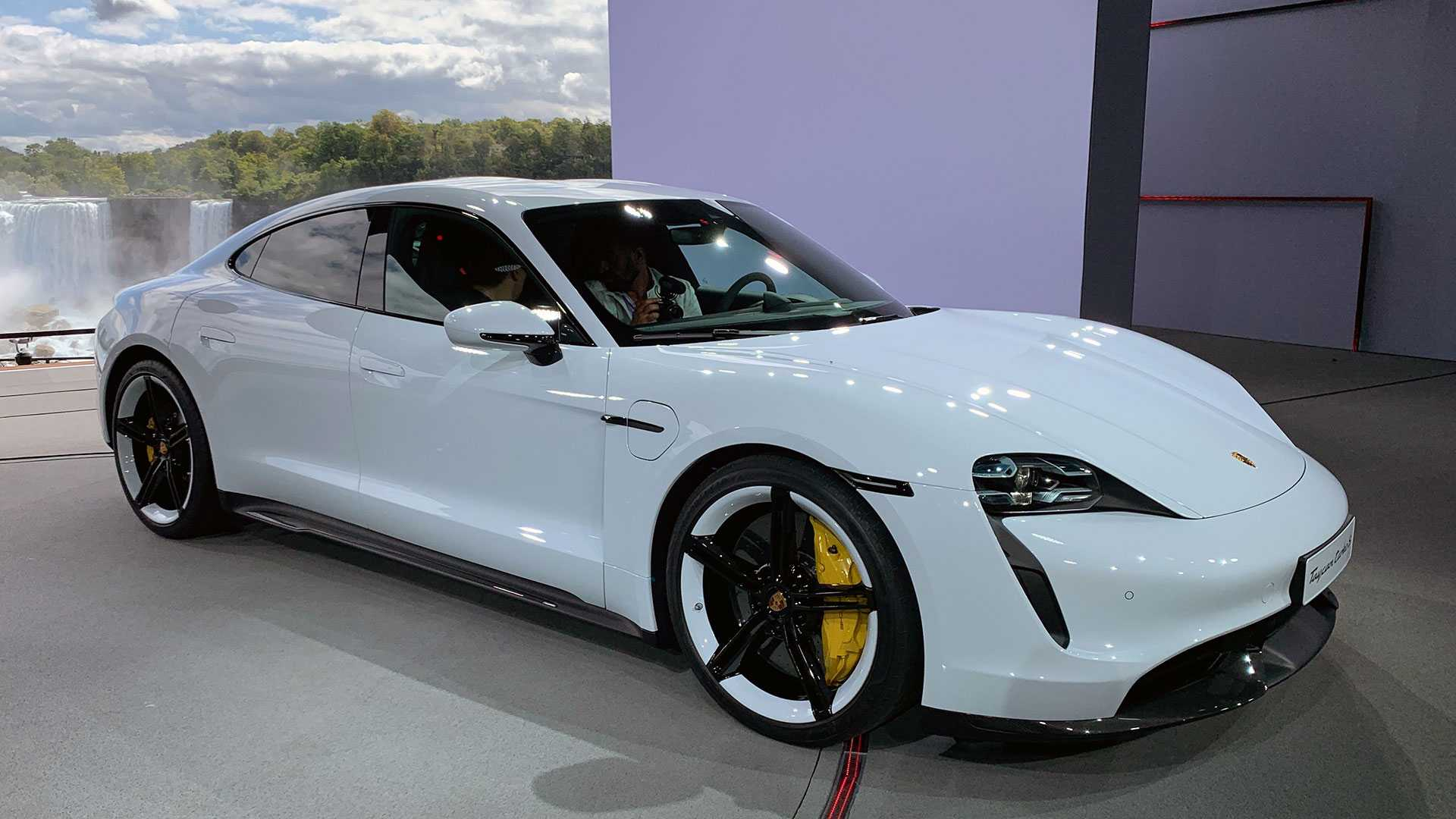 2020 Porsche Taycan Debuts As An All,Electric Super Sedan