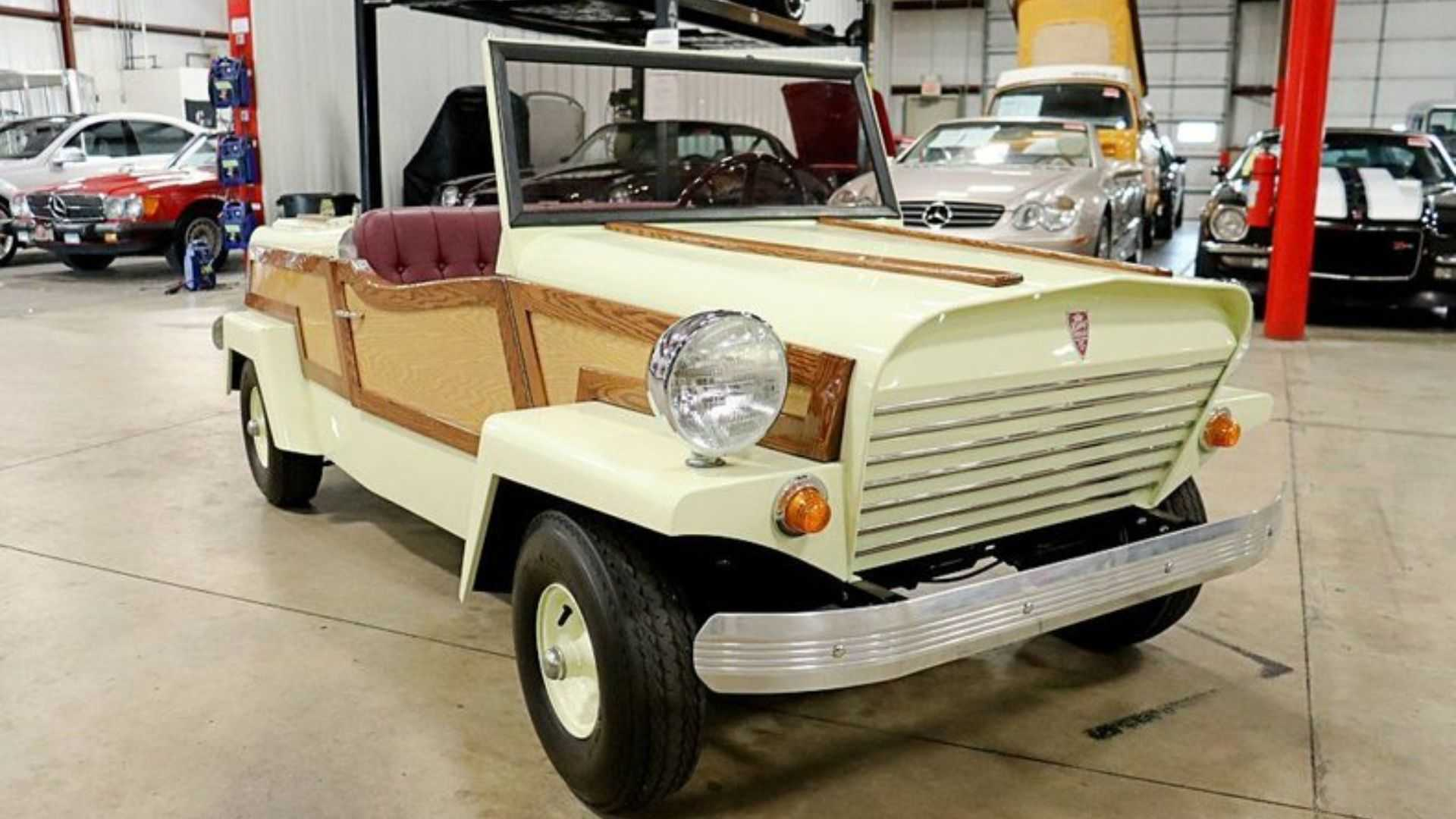 "[""Scoop A 1958 King Midget Model III""]"