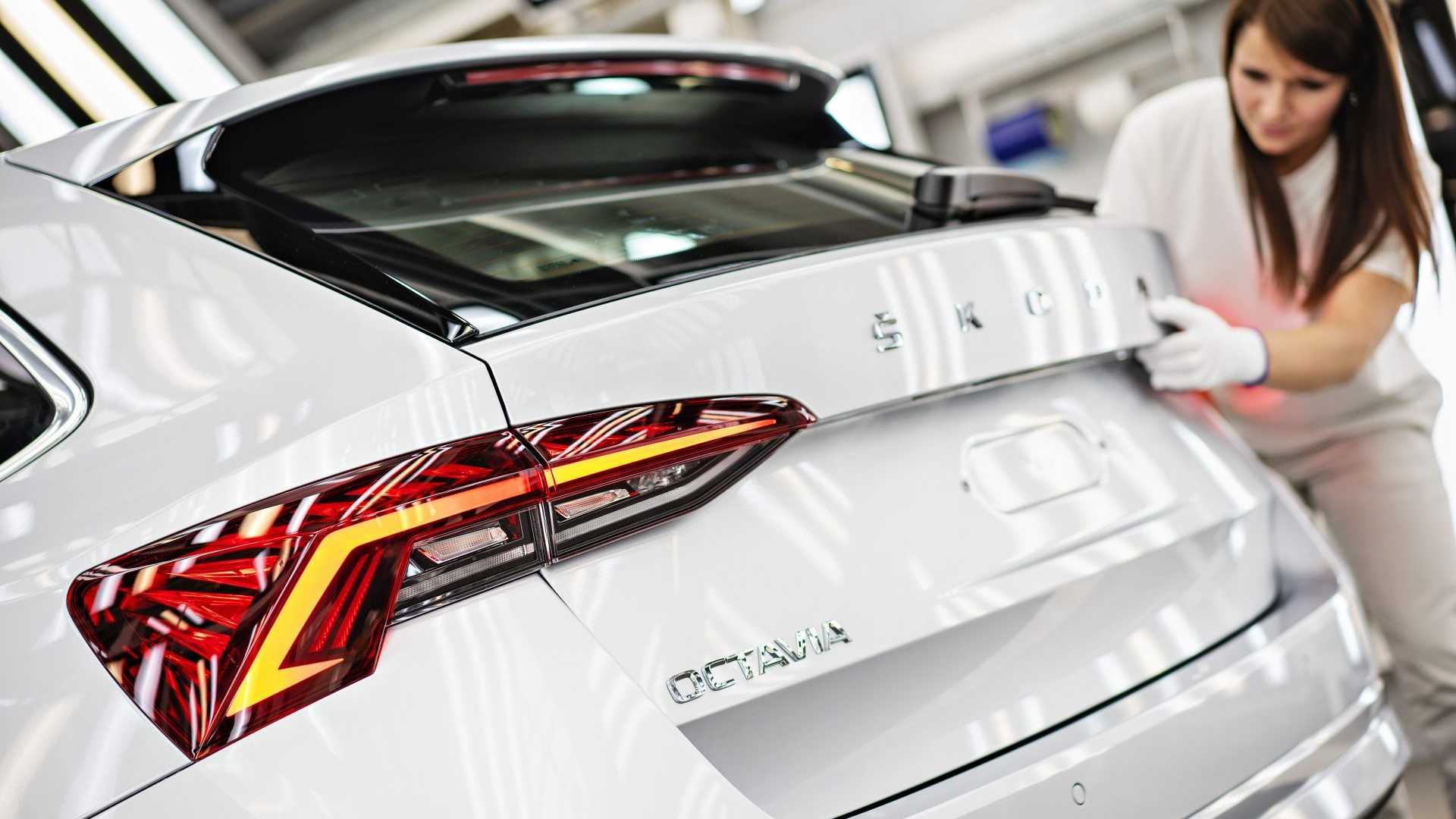 2020 Skoda Octavia Production Begins Wagon Prioritized